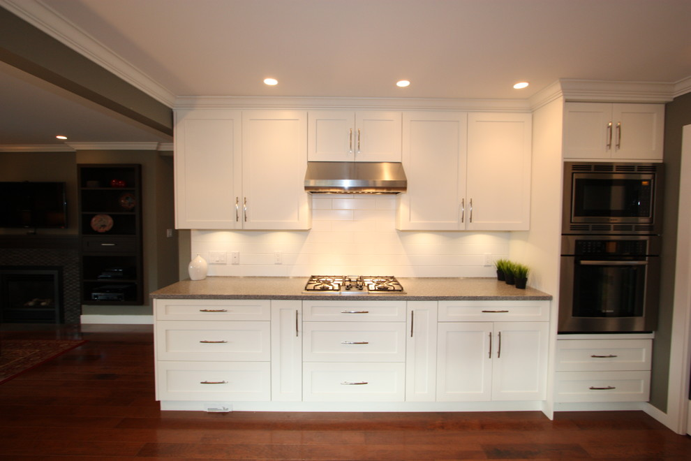 32 Inch Bar Stools Kitchen Transitional with 32 Inch Bar Stools Built in Dark Counter Gas Cooktop Hardwood Floors