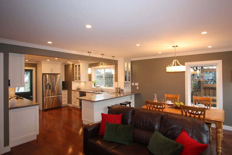 32 Inch Bar Stools Living Room Transitional with 32 Inch Bar Stools Built in Dark Counter Gas Cooktop Hardwood Floors