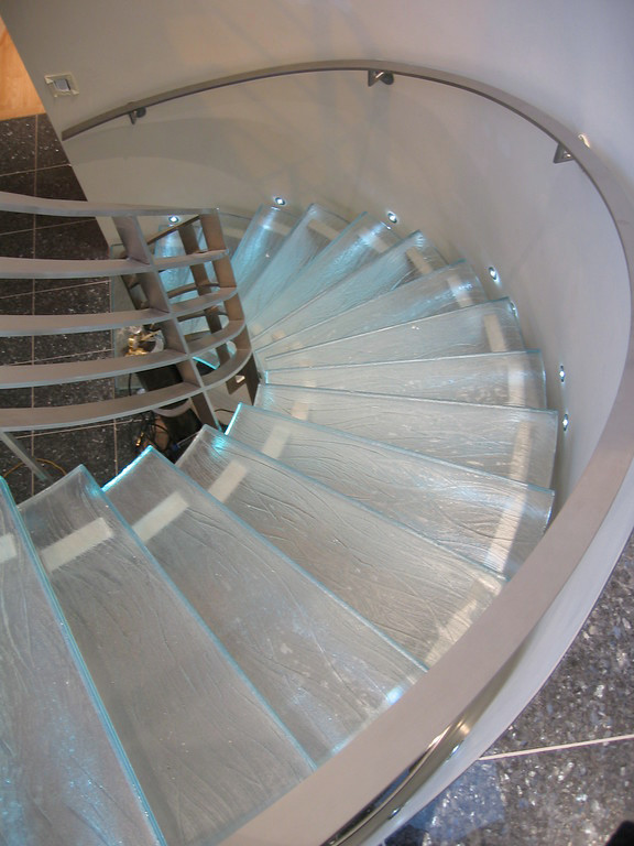 5x7 Rug Staircase Contemporary with Categorystaircasestylecontemporarylocationmontreal