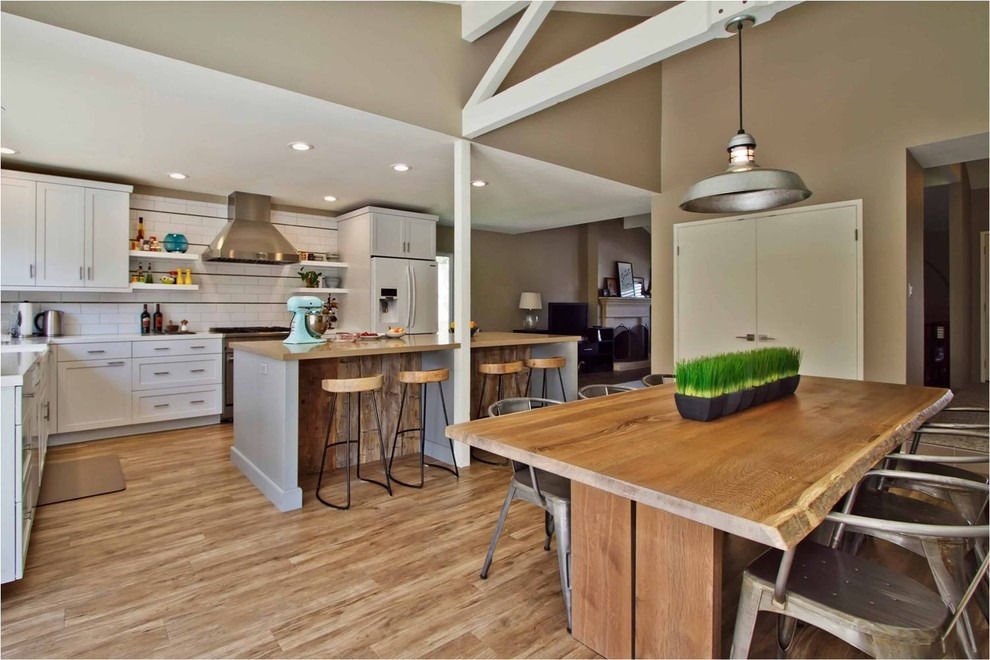 Armstrong Luxe Plank Kitchen Transitional with Backsplash Bar Stools Dining Table Kitchen Cabinets Kitchen Island Kitchen Stools Pendant