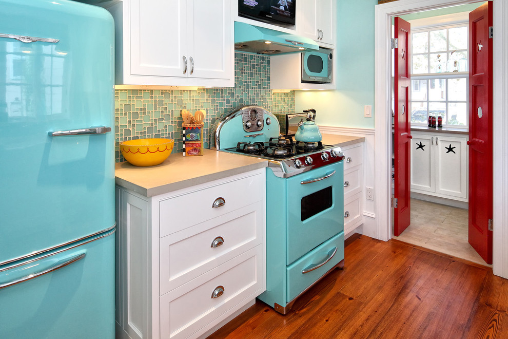 Avanti Appliances Kitchen Midcentury with Beach House Blue Appliances Colorful Appliances Colorful Kitchen Fun Mosaic Tile Backsplash