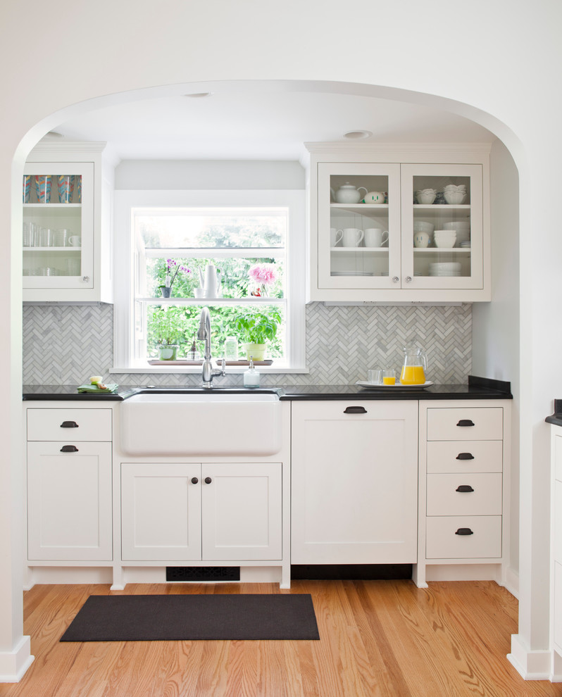 Backsplash Tile Designs Kitchen Traditional with Apron Apron Sink Bin Pulls Black Black Counters Carrera Cup Drawer Pulls