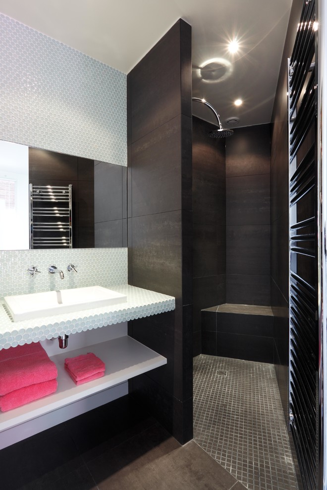 Bathroom Ensembles Bathroom Contemporary with Cabine Douche Noire Carrelage Douche Gris Petits Carreaux Carrelage Gris Grand Carreaux