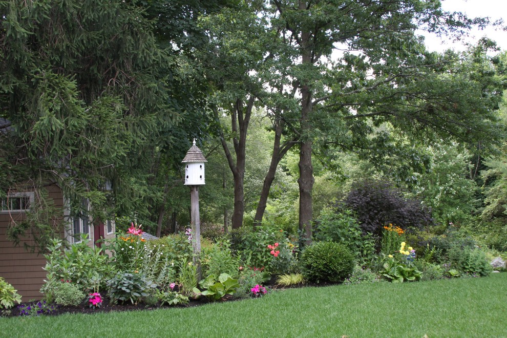 Bird Feeders for Sale Landscape Traditional with None