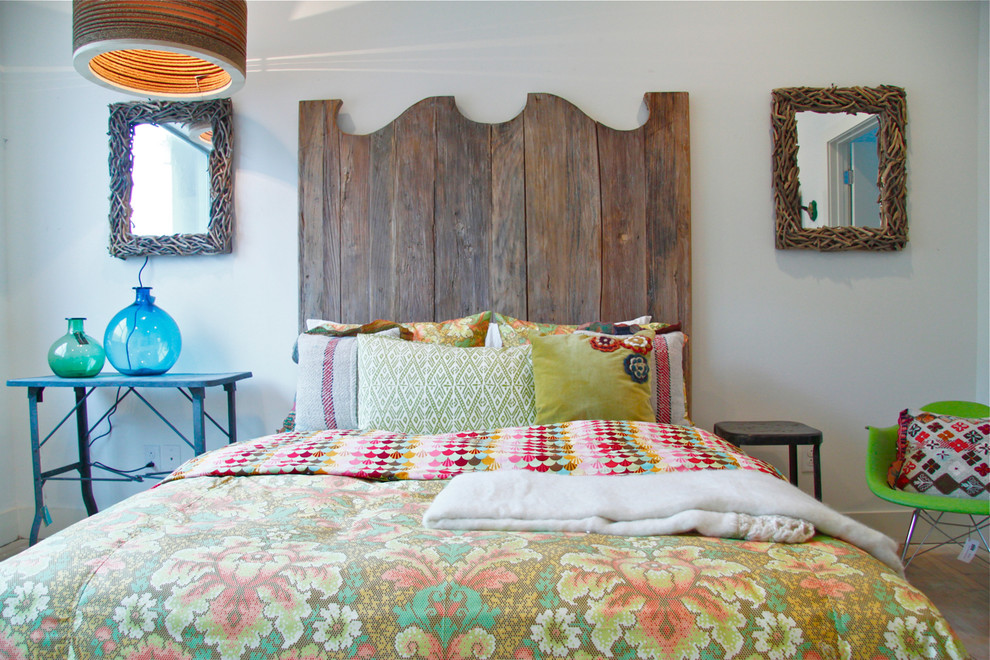 Bookcase Headboard Queen Bedroom Shabby Chic with Blue Glass Vase Colored Glass Vase Colorful Bedding Dette Cole Design Driftwood