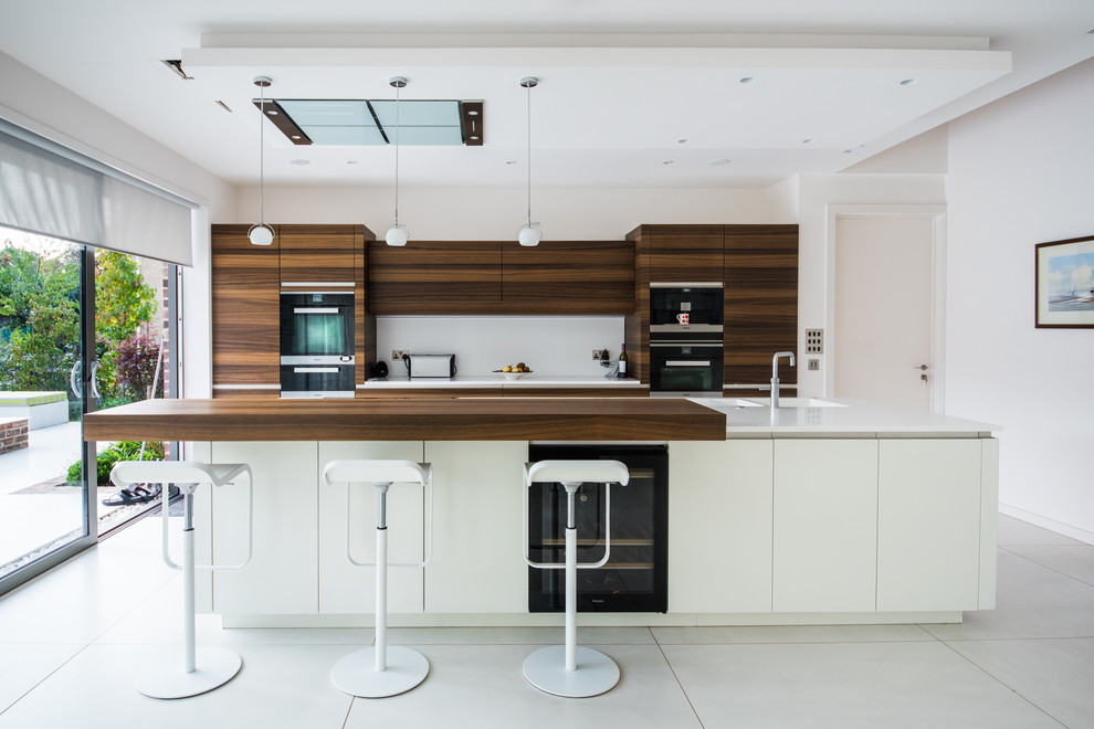 Breville Sous Chef Kitchen Contemporary with Atmosneo Book Matched Wood Breakfast Bar Contemporary Corian Glacier White Handle Less Induction