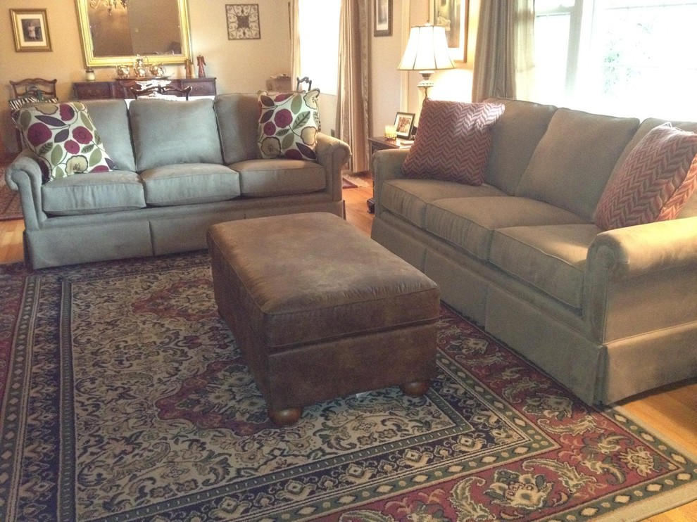 Broyhill Furniture Family Room Traditional with Broyhill Audrey Sofa Broyhill Furniture Broyhill Furniture Birmingham Sofa with Skirt