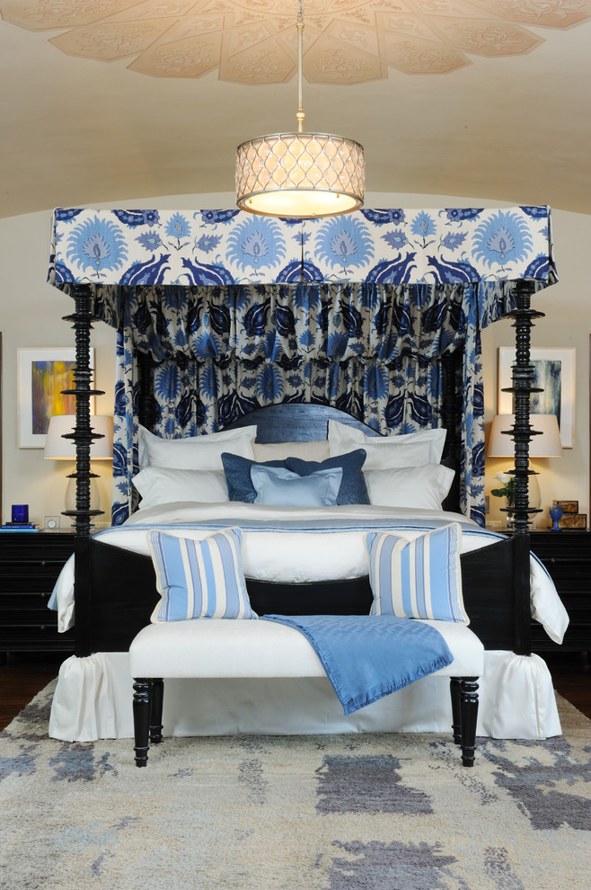 California King Comforter Bedroom Mediterranean with None