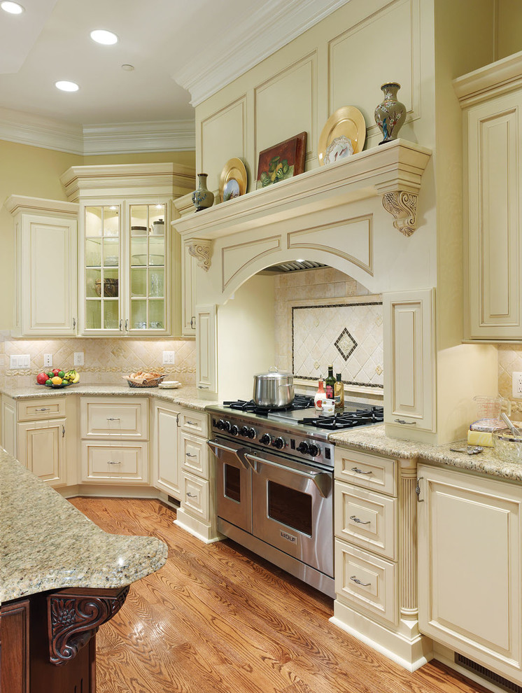 Canisters Sets Kitchen Traditional with Backsplash Bertch Birch Brown Light Glaze Cabinetry Cabinets Cherry Chestnut Matte Countertops