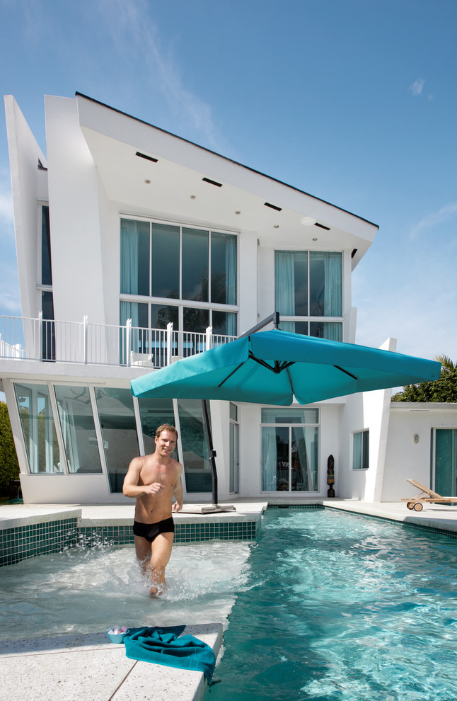 cantilever patio umbrella Patio Contemporary with amalfi cantilevered parasol cantilevered patio umbrella Caravita emerald green pool giant parasol