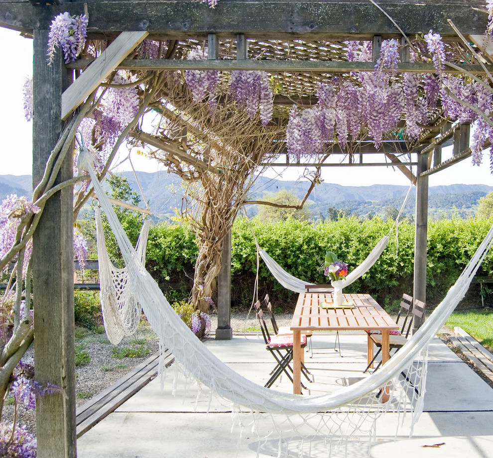 Chair Hammock Patio Farmhouse with Backyard Cafe Chairs Concrete Pad Eclectic Patio Furniture Hammocks Hedge Mountain View