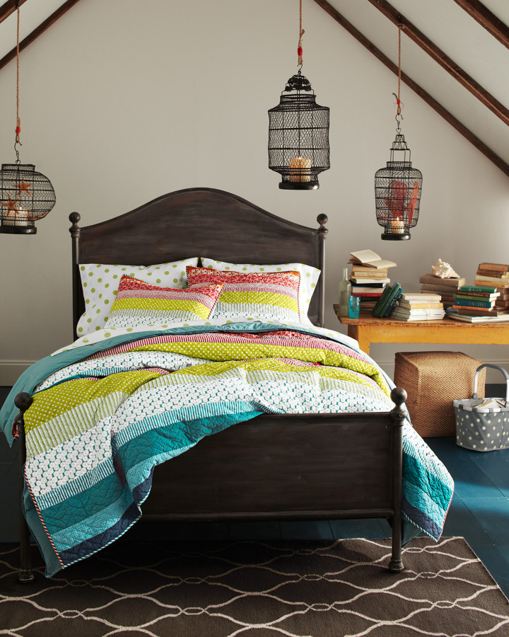 Cotton Percale Bedroom Traditional with Bright Quilt Geometric Rug Hanging Lanterns Polkda Dot Sheets