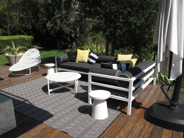Couch with Chaise Lounge Patio Contemporary with Accent Pots Black and White Couch Chaise Lounge Drought Tolerant Garden Exterior
