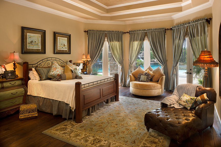 cuddle chair Bedroom Traditional with CategoryBedroomStyleTraditionalLocationHouston