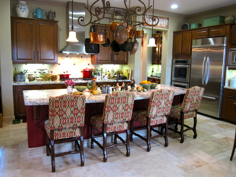 Dutch Ovens Kitchen Traditional with Breakfast Bar Ceiling Lighting Eat in Kitchen Hanging Pot Rack Island Lighting