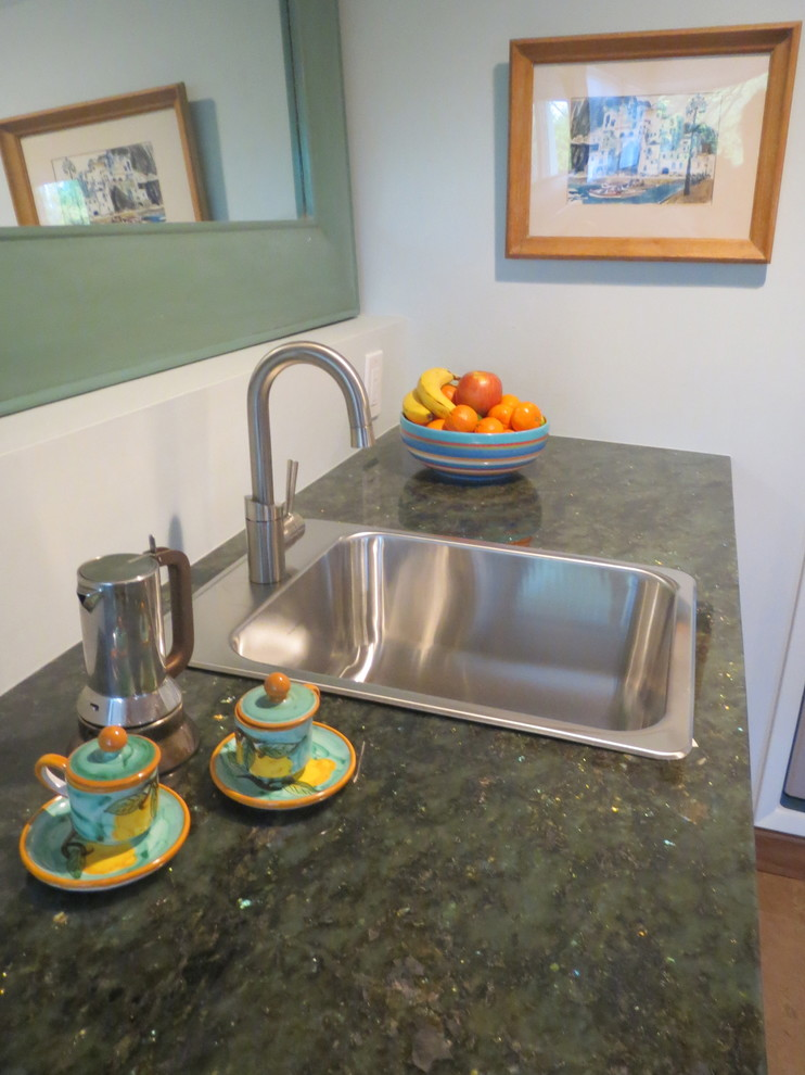 electric tea kettle Spaces Midcentury with bathroom glass mosaics midcentury shower seat shower shelves