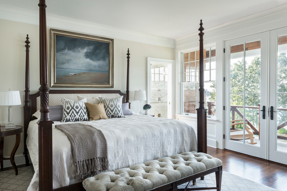 Four Poster Beds Bedroom Victorian with Decorative Throw Pillows End of Bed Bench Four Poster Bed Framed Artwork