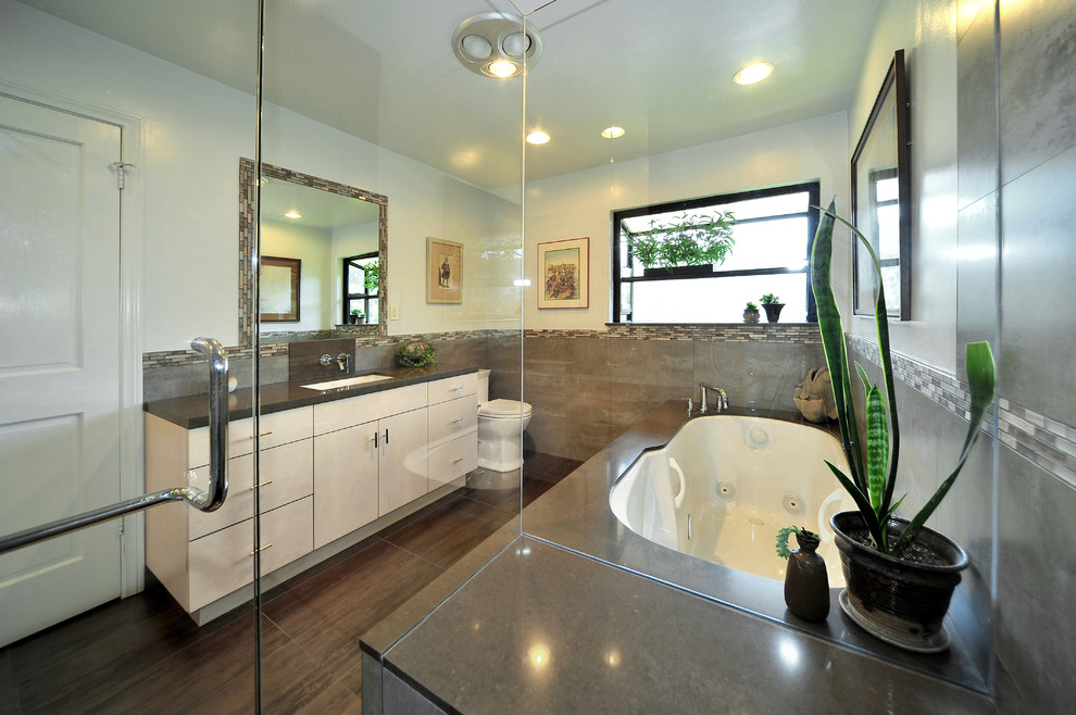 Freestanding Tub Filler Bathroom Traditional with Champagne Brookhaven Cabinetry Glassstone Mosaic Lagos Blue Caesarstone Large Mettalic Field Tile