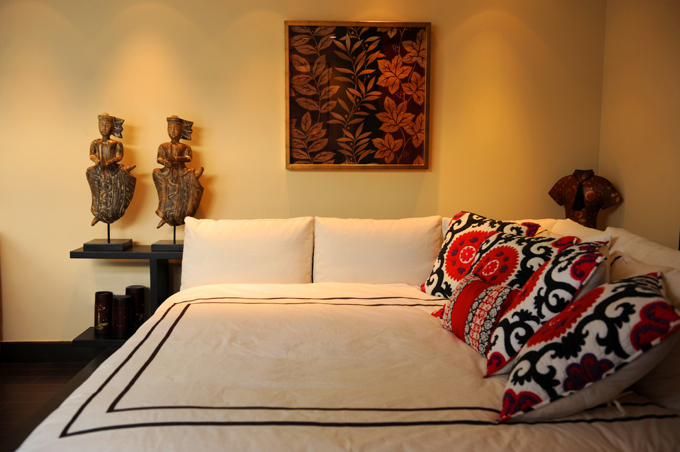 Full Daybed Bedroom Contemporary with Art Corner Bed Decorative Pillows Floral Pillows Hotel Bedding Sculptures Statues Suzani