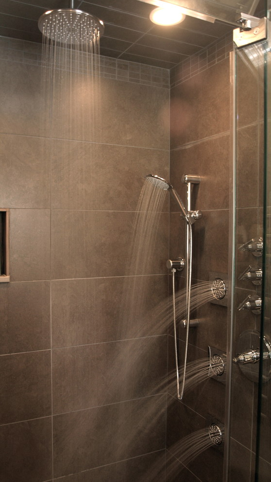 grohe-shower-Spaces-Contemporary-with-body-jets-ceramic-tile ...