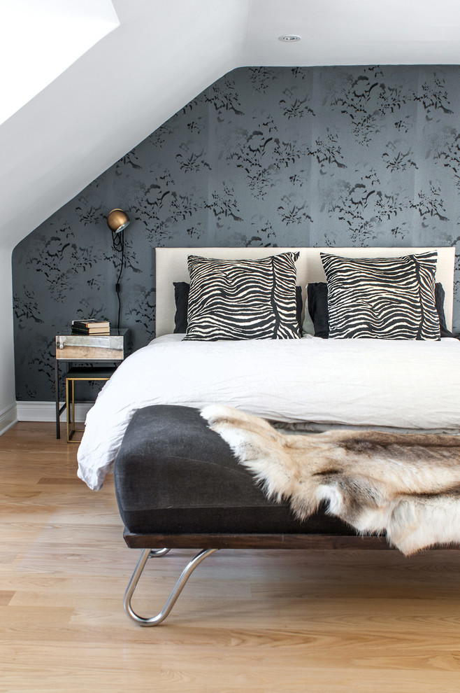 Headboards King Bedroom Transitional with Annex Attic Black and White Contemporary Cream Cushions Daybed Eclectic Floral Fur