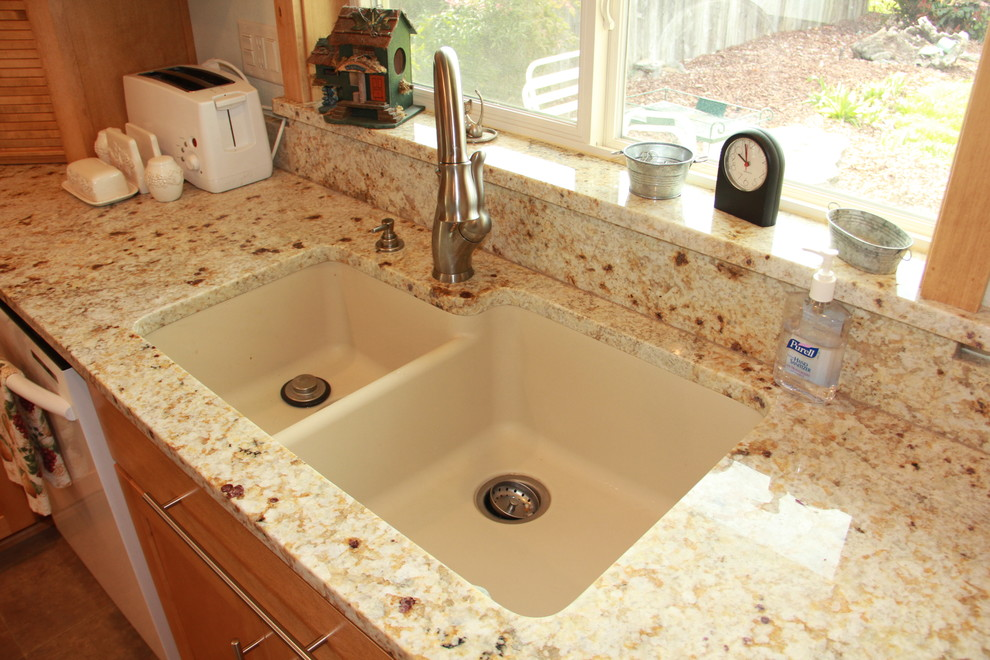 Houzer Sinks Kitchen Traditional with Delta 7000 Series Faucet Houzer Sink