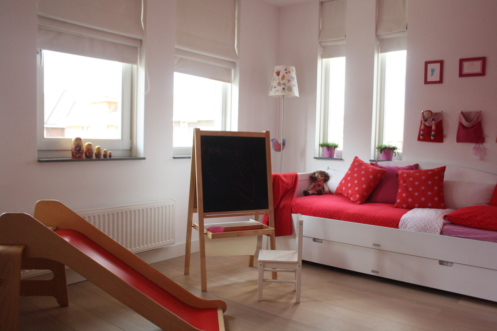 Kids Art Easel Kids Contemporary with Chalkboard Colorful Kids Rooms Daybed Girls Rooms Kids Rooms Pink Playroom Red