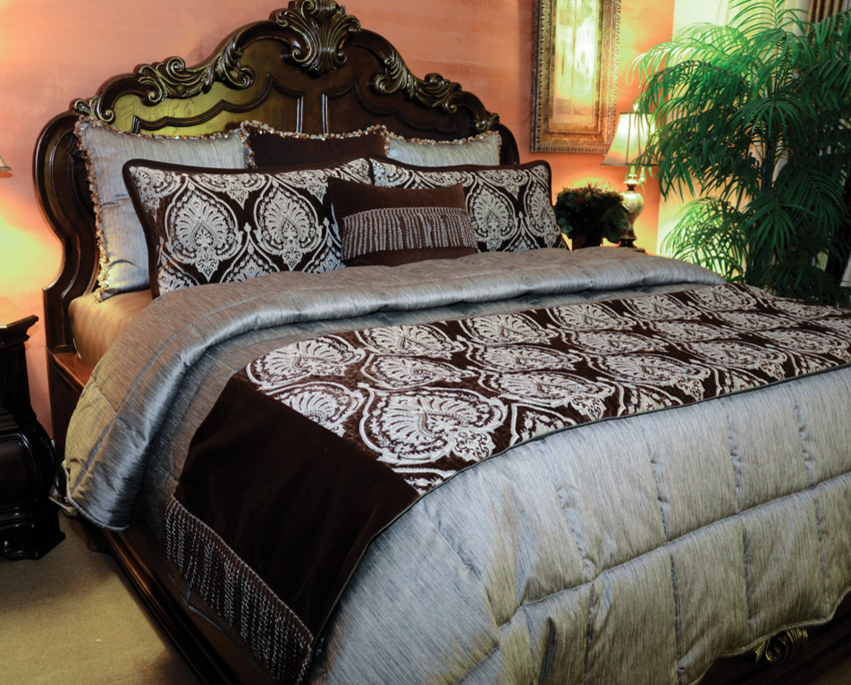 king quilts Bedroom Traditional with blue and brown coverlet custom Custom Bedding king oversized Oversized King quilted