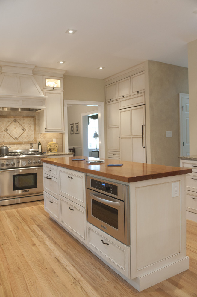 Kitchenaid Convection Oven Kitchen Traditional with Cabinet Front Refrigerator Cabinetry Cabinets Ceiling Lighting Dura Dura Supreme Dura Supreme