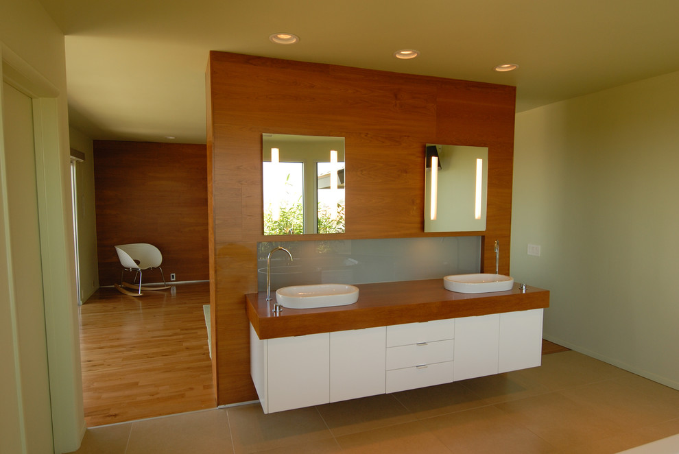 Kohler Santa Rosa Bathroom Modern with None