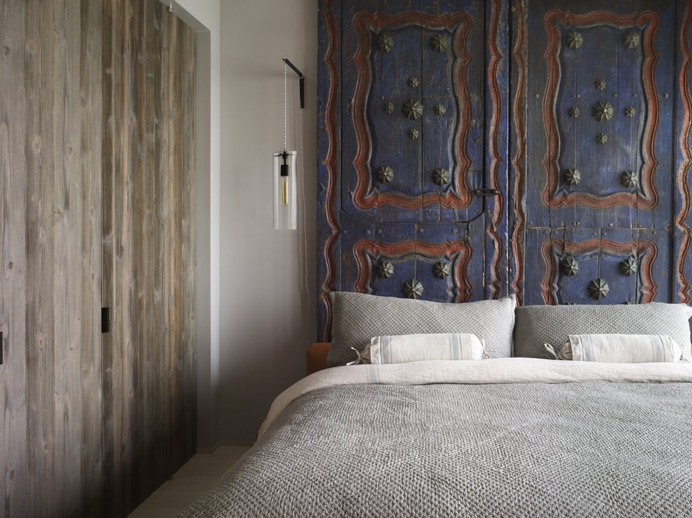 Linen Headboard Bedroom Eclectic with Bedroom Blue and Red Headboard Doors Gray Bedding Grey Bedding Hanging Lantern1