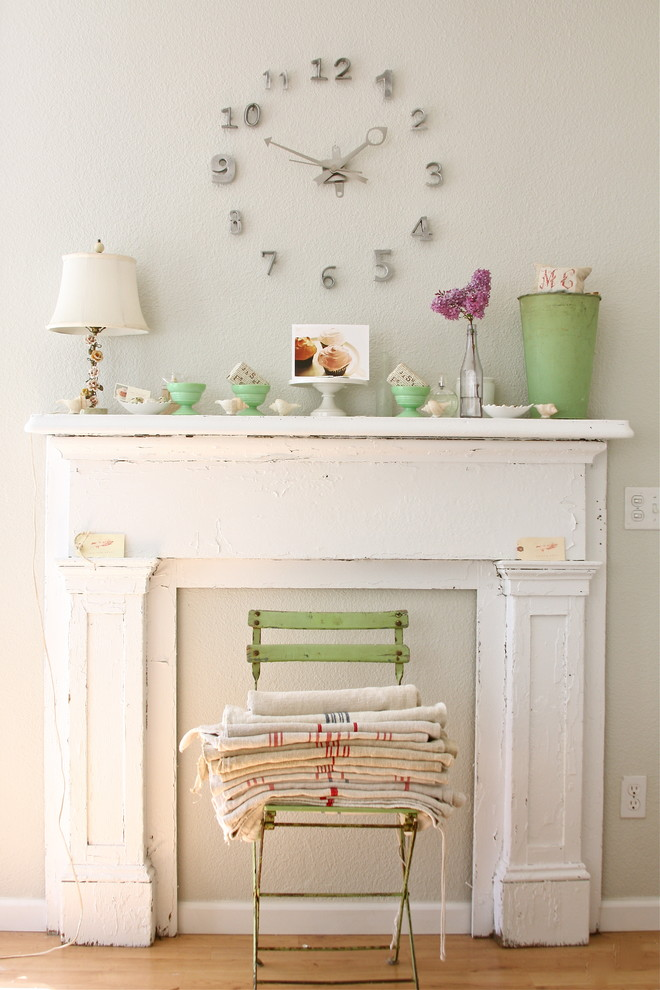 mantel clock Living Room Shabby chic with bistro chair bottles bucket chandelier clock Fireplace flea market French lilac linens