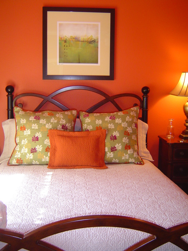 Matelasse Bedspread Bedroom Eclectic with Green and Orange Guest Bedroom Matelasse Bedspread Modern Art Orange Orange Walls