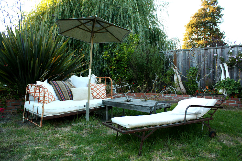 Metal Daybed Patio Eclectic with Eclectic Decor Grass Patio Mannequin Legs Metal Day Bed Metal Daybed Metal