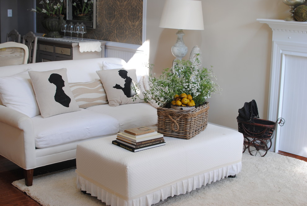 Ottoman Slipcover Living Room with None