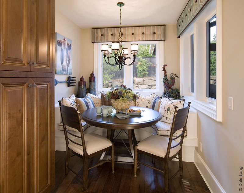 Paula Deen Furniture Kitchen Traditional with Banquette Banquette Seating Bench Seat Button Tuffted Chandelier Cornice Hardwoods Interior Motives