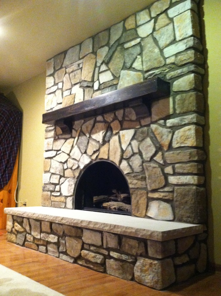 Pearl Mantels Family Room Rustic with Arched Fireplace Boral Boral Old Country Field Stone Custom Fireplace Door David1