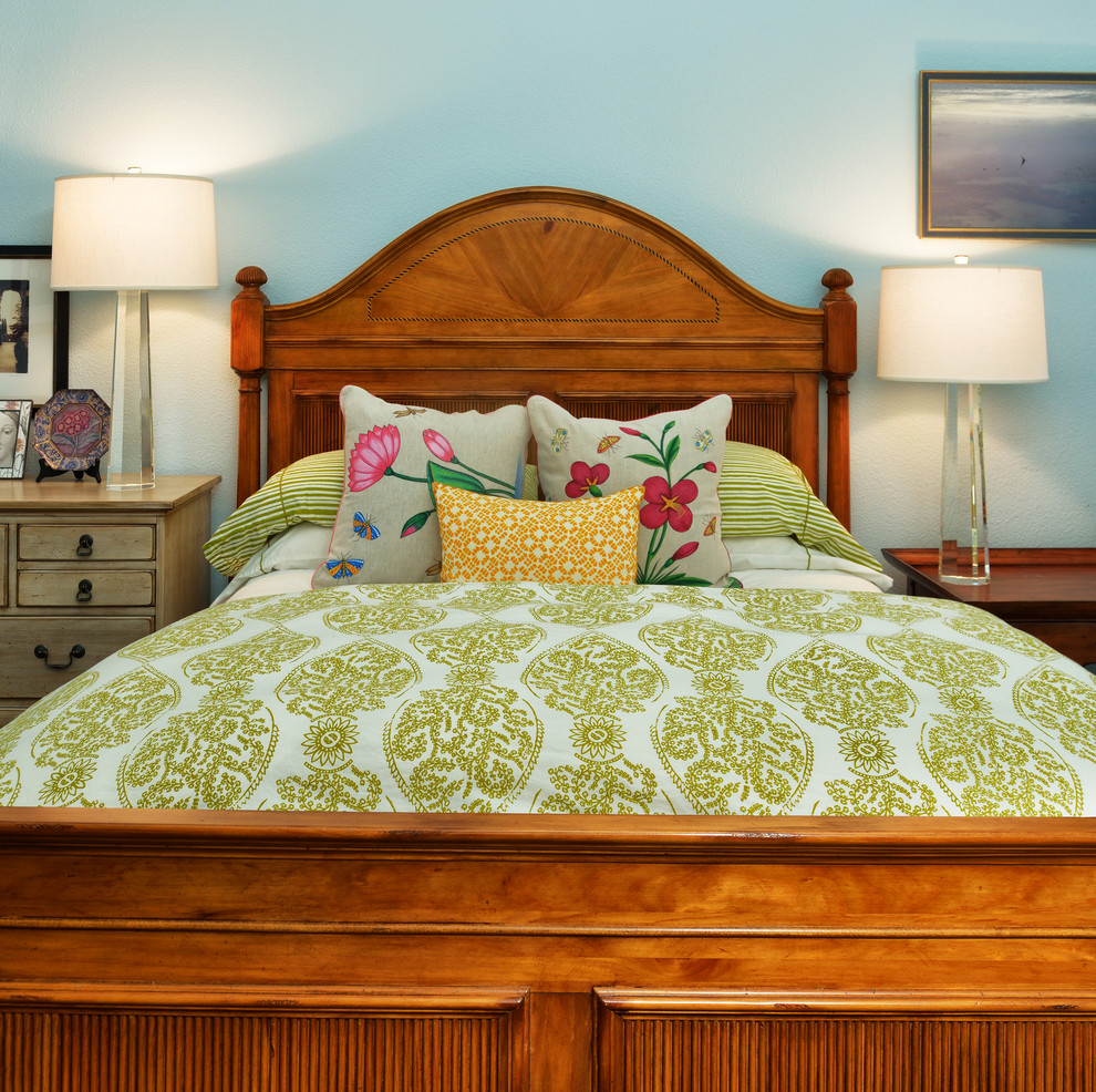 Pine Cone Hill Bedding Bedroom Traditional with Austin Bedding Bellaire Crystal Crystal Lamp Green Houston John Robshaw Bedding Lake
