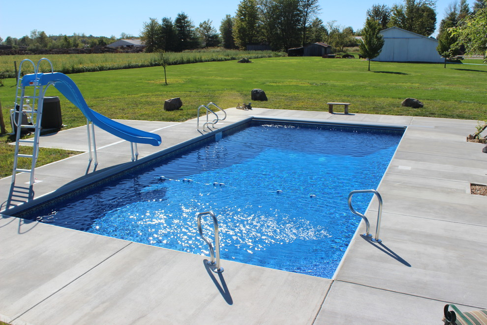 Pool Raft Pool with Backayrd Columbus Indiana Corner Steps in Ground Pool Raft to Rafters Pool