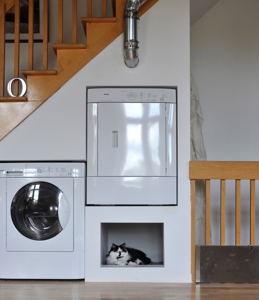 Pressure Washer Wand Laundry Room Eclectic with Built in Cat Bed Built in Pet Bed Cat Nook Dryer Laundry Pet Space
