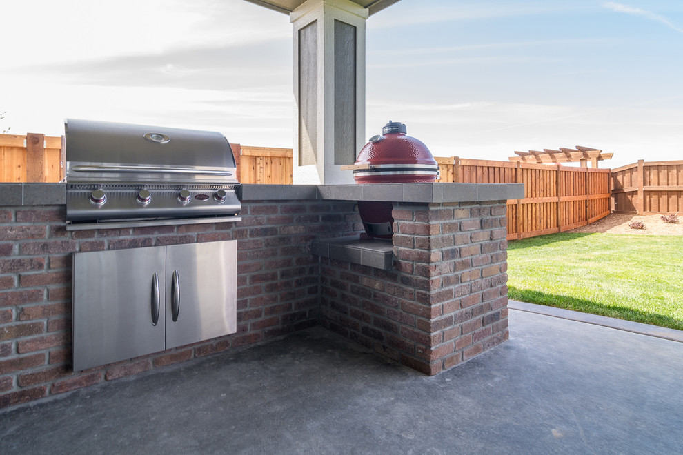 propane smokers Patio Traditional with BBQ bbq island brick Builder built-in cedar fence dream home grill idaho