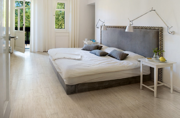 Queen Bed Headboard Bedroom Contemporary with Modern Tile Porcelain Tile White Oak White Tile Wood Look Tile