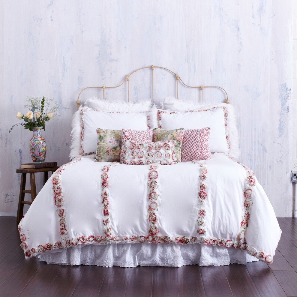 Queen Duvet Cover Bedroom Farmhouse with Accent Pillows Beach Cottage Beach Cottage Chic Bed Pillows Bedding Country Country