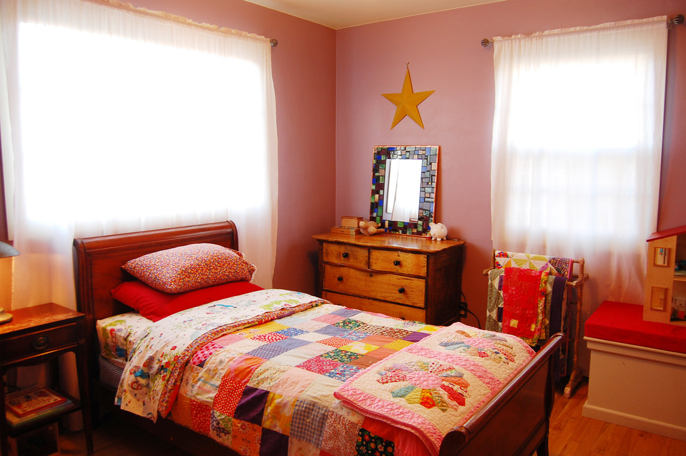 Queen Futon Kids Eclectic with Bed Pillows Bedroom Chest of Drawers Curtains Drapes Dresser Patchwork Quilt Pink