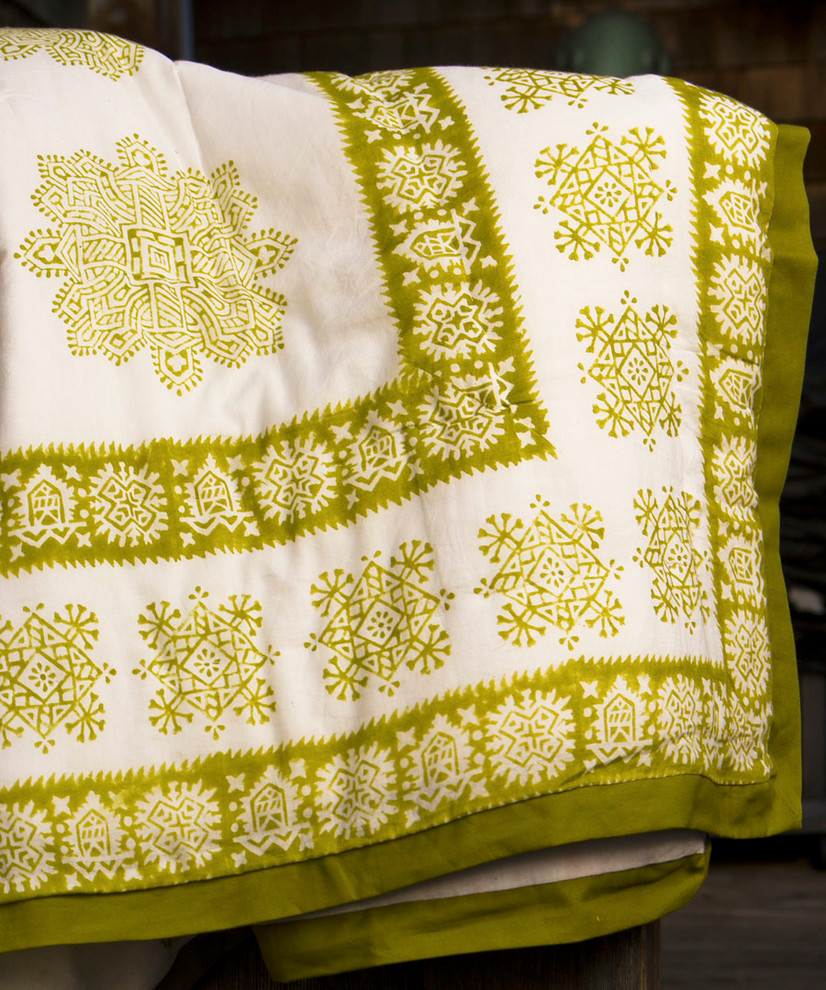 queen size quilts Spaces with Cottage Quilts - Queen Size Quilt Sets - Green Quilt Country Quilts