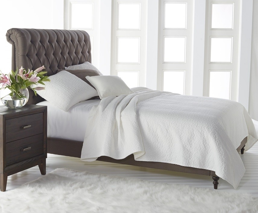 Queen Sleigh Bed Bedroom Traditional with None