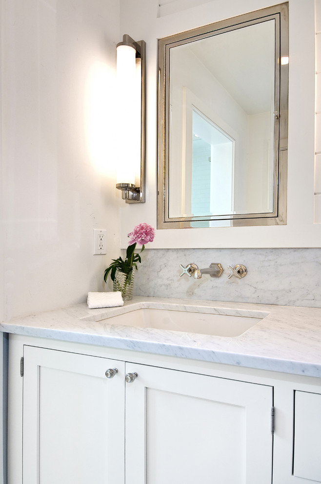 Robern Medicine Cabinets Bathroom Traditional with Sconce Lights Single Vanity Square Sink White Bathroom White Cabinets
