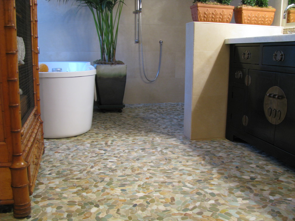 Saniflo Toilet Bathroom Contemporary with Bathroom Beach Stones Bright Contrast Eco Friendly Flat Flat Tiles Floors Green Product