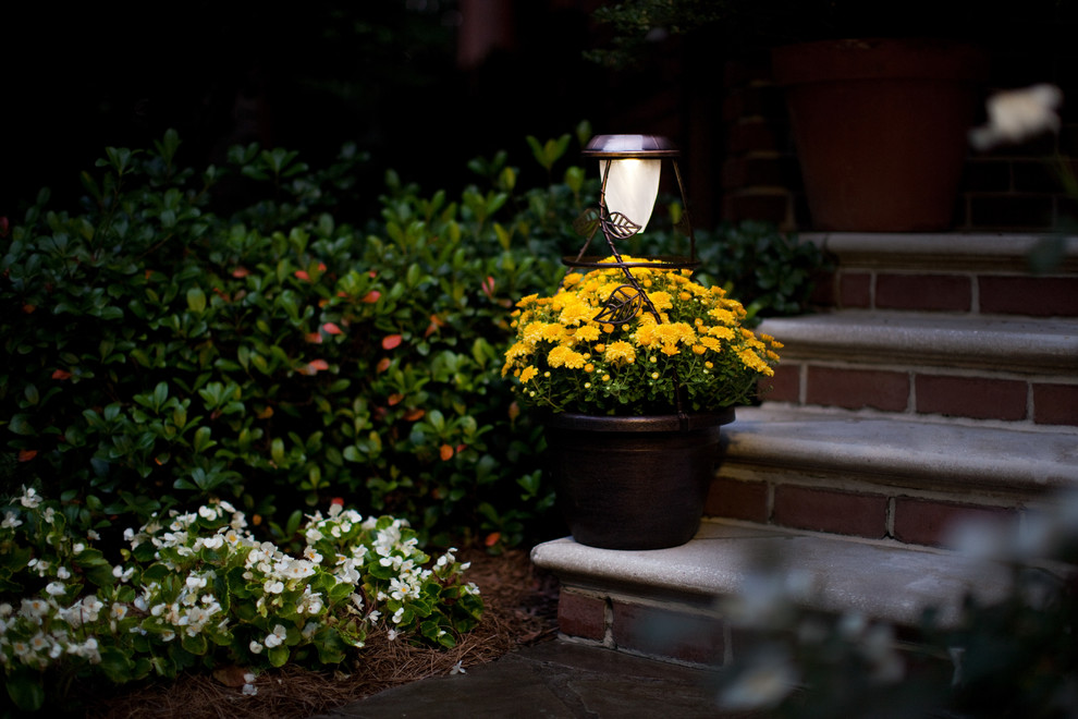 Solar Powered Outdoor Lights Entry Traditional with Outdoor Lighting Solar Light Solar Radiance Solar Powered Lighting Solution Solaradiance