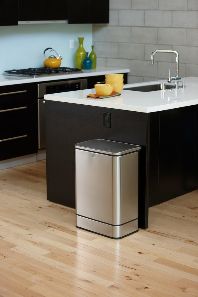 Stainless Steel Trash Cans Kitchen Contemporary with Sensor Sensor Can Simplehuman Stainless Steel Trash Can
